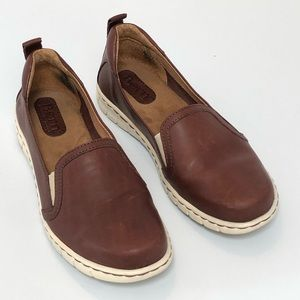 Women's BORN Leather Flats, brown, size 6.5